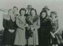 Grandma Jeff, Ella, Grandpa, Helen, Loretta, Wayne, Elna