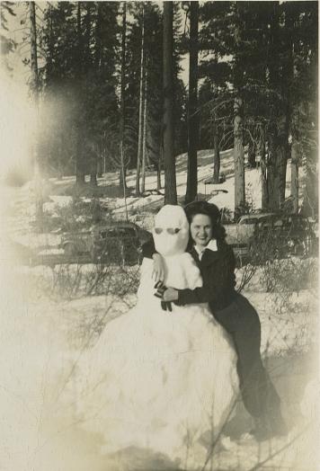 2-Loretta Gustafson's Life in Photos 001