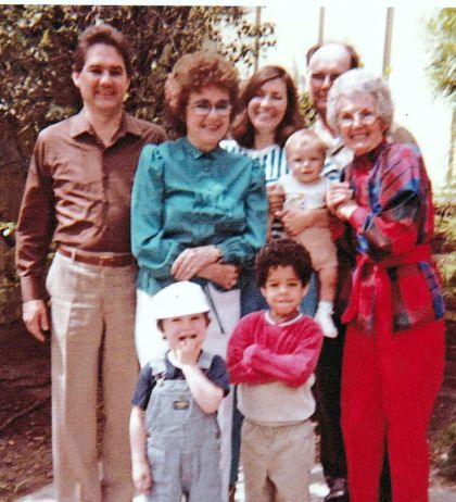 Billy Francis, Loretta and Gus Gustafson, Ella Leckey, Valerie Leckey Halla and children