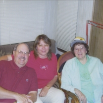 mom with Mark and Marlene Gustafson