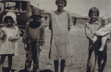 7-Loretta Gustafson's Life in Photos 002